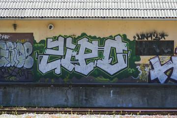 Güterbahnhof mit Graffiti
