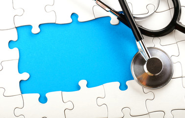 stethoscope with puzzle