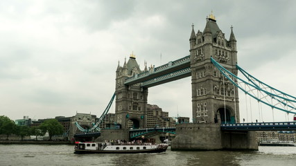 Moving camera time lapse of Tower Bridge in London, England.