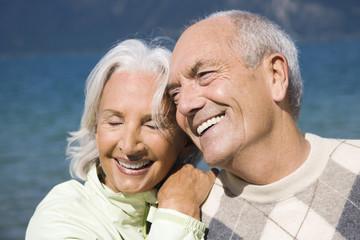 Deutschland,Bayern,Walchensee,älteres Paar,Lächeln,Portrait