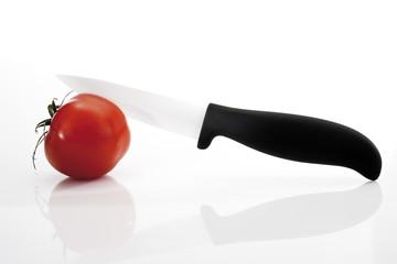 Tomaten und Messer