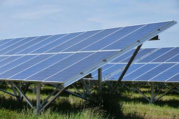 centrale de panneaux solaire