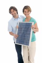 Paar,das Solarpanel
