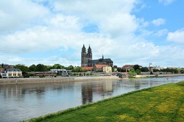 Stadtansicht von Magdeburg mit Dom