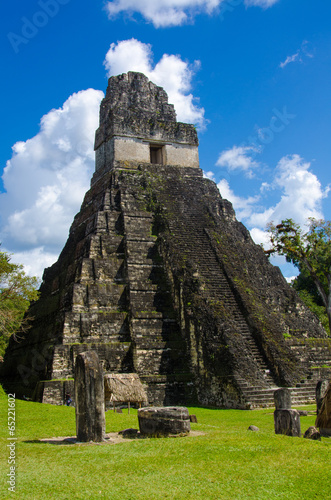 Fotobehang Centraal-Amerika Landen Tikal Ruins in Guatemala