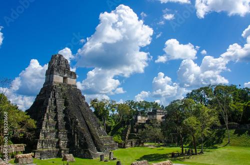 Leinwanddruck Bild Tikal Ruins in Guatemala