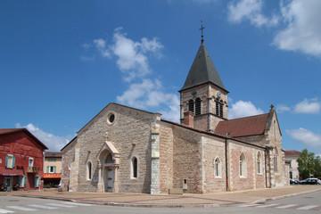 Place et église de Villard-les-Dombes