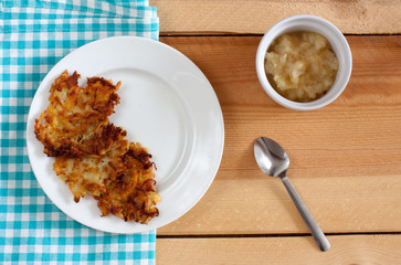 Apple sauce with latkes