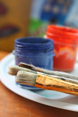 Color paints and brushes