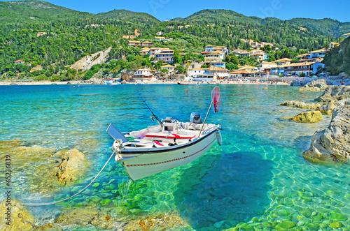 Leinwandbild Motiv Greece - Lefkas - Agios Nikitas - transparency - boat