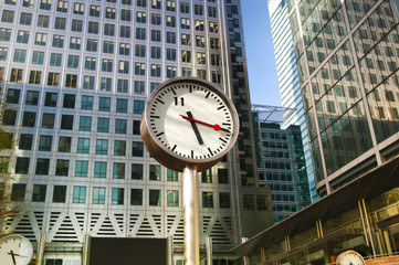 Clock on the Canary Wharf square, London