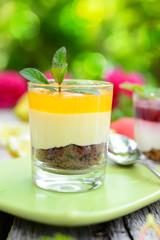 Mango-Maracuja-Dessert