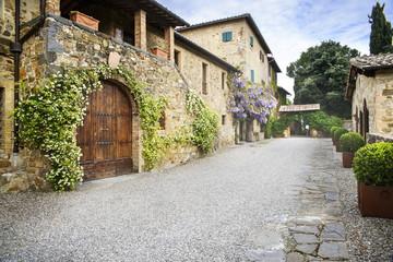 An elegant tuscan villa