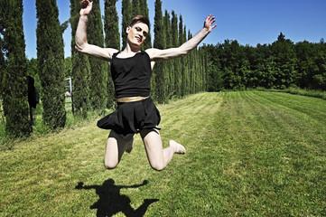 Drag queen jumping