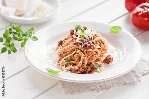Leinwanddruck Bild spaghetti mit vegetarischer bolognese