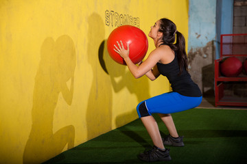 Workout with medicine ball