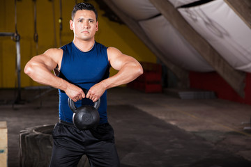 Working out with a kettlebell