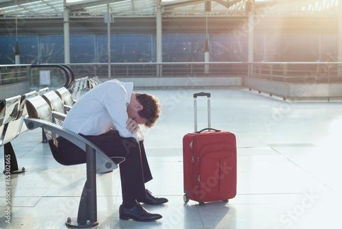 delayed flight - 65302665