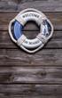 Welcome on board - maritimer Holz Hintergrund