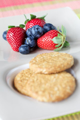 Cookie and fruits