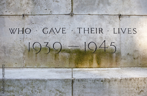 Poster War Memorial