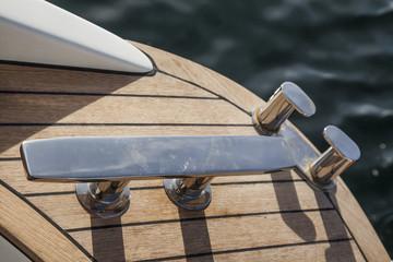 Bollard di ancoraggio