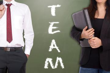 Geschäftsfrau und Geschäftsmann - Team