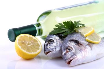 Pesce e vino bianco