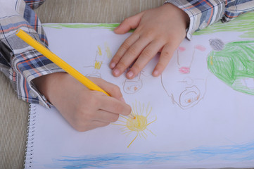 Child drawing a picture