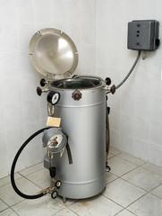 Laboratory autoclave sterilizer