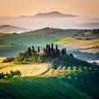 Mattino in Toscana, paesaggio e colline