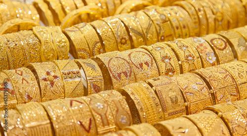 Golden market in Dubai - 65375068