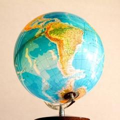 Illuminated globe 1