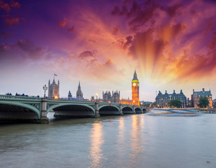 Westminster Palace lights at night - London