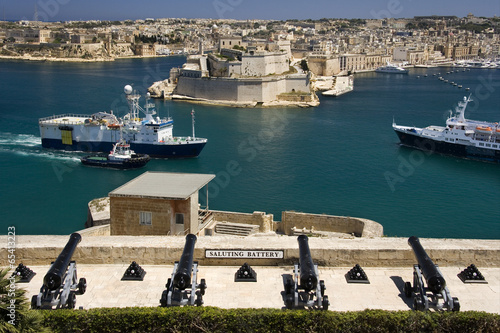 Shipping - The Grand Harbor and Docks - Valletta - Malta - 65413223