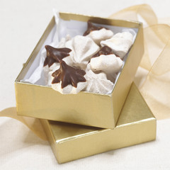 Meringue Cookies in Geschenkbox