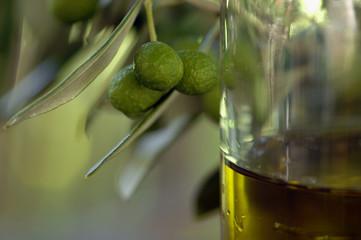 Oliven und Olivenöl