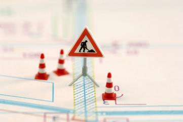 Straßenbau Zeichen und Leitkegel