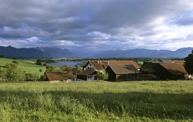 Deutschland, Bayern, Murnau, Farm am Riegsee