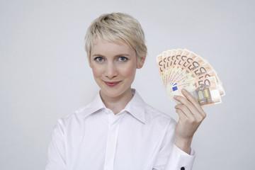 Frau jung mit Geld, Portrait
