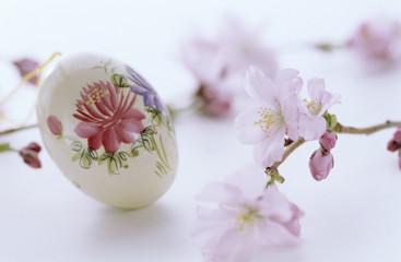 Florale Malerei auf Ei, Ostern Tradition