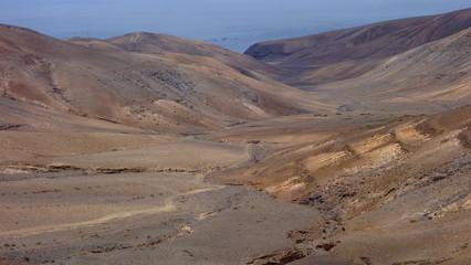 Lanzarote. Caminos De Tierra En Los Ajaches