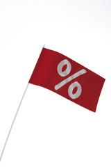 Weißes Prozent-Zeichen auf roter Fahne, Symbol für Schnäppchen