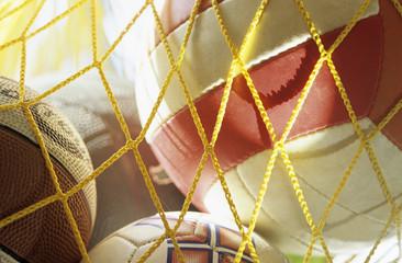 Netz voller Bälle