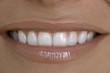Frau Offenes Lächeln, close up