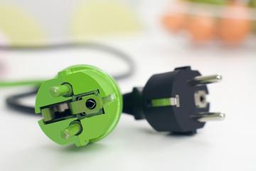 Schwarze und grüne Stecker, close-up