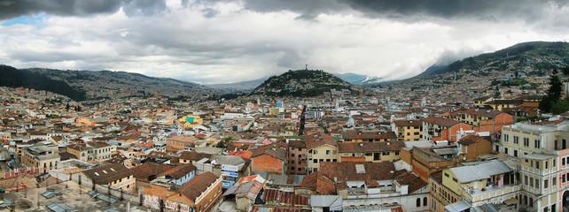 Panoramic views of El Panecillo