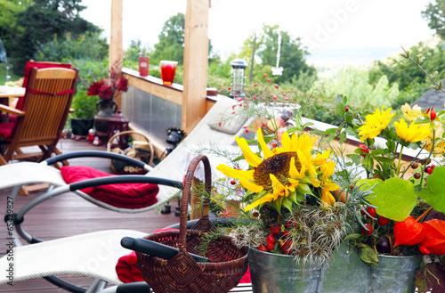 Fotobehang Gemütliche Terrasse im Herbst