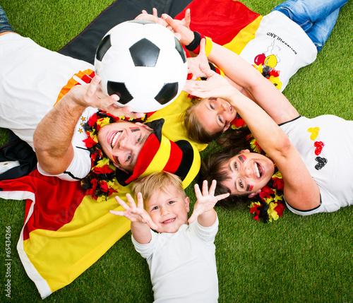 Fußball Fans Deutschland Jubeln - 65434266