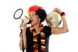 schreiender Deutschland Fan mit Ball & Megafon